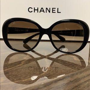 CHANEL Black 5312 C.943/S5 sunglasses
